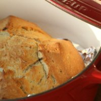 Garlic & Herbs Pot-baked Bread