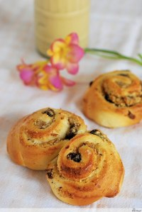 Easter Swirl Buns With Egg Liqueur