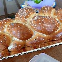 Soft Challah With Semolina Flour