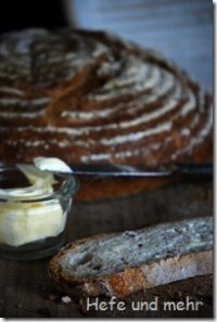 """Wheat Bread With """"old Bread"""""""