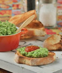 Crostini With Pesto Peas And Ricotta