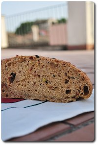 Bread With Olives And Sun Dried Tomatoes