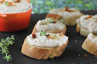 White Bean Crostini And Thyme