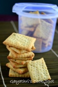 Basil Crackers