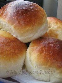 Custard Filled Buns