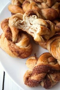 Kanelsnurrer, Cinnamon Twists