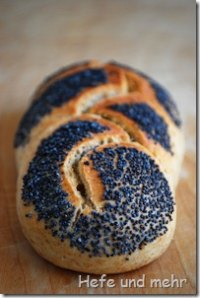Little Poppy Seed Rolls