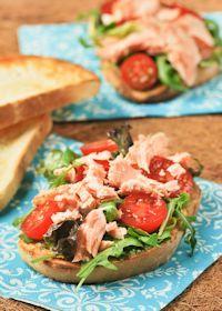 Salmon Sandwich With Avocado Pesto
