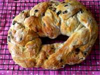 Mixed Fruit And Chocolate Chip Bread Wreath