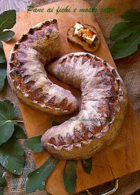 Fig And Cooked Grape Must Bread