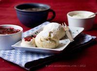 Sweet Steamed Dumplings (Dampfnudeln)