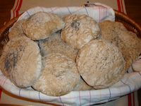 Whole Wheat-Spelt Sourdough Puffed Breads