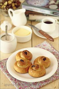 Lussekatter/ Lussebulle Or St. Lucia Rolls