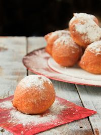Oliebollen (dutch Donuts)