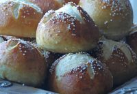German Pretzel Rolls (Laugenweck)