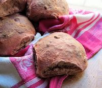 Beetroot &amp; Walnut Bread Rolls