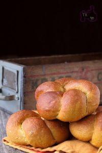 Sourdough Pumpkin Rye Rolls