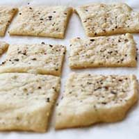 Sourdough Crispbread Crackers
