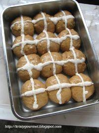 Hot Cross Bun With Preserved Kamquet