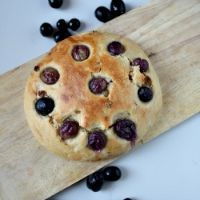 Grape And Raisin Flat Bread (Vegan)