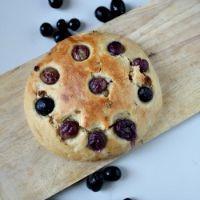 Grape And Raisin Flat Bread (Vegan)