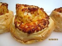 Gruy?®re-Stuffed Crusty Mini Breads