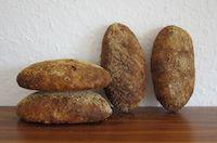 Apfel-Koerner-Broetchen