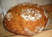 Honig, Haferflocken, Leinsamen Brot