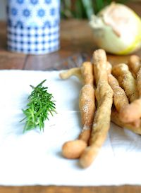 Rosemary, Sweet Onion & Black Pepper Grissinis