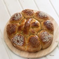Rich And Very Soft Honey (or Date-syrup) Challah