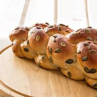 Rich Challah With Whole-wheat Flour