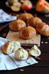 Wheat And Rye Mini Pumpkin Buns