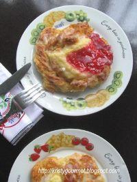Twisted Danish Pastry With Cream Cheese Custard