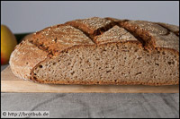 Brot Mit Kartoffel-Zucchini-R??sti Und Apfelmus
