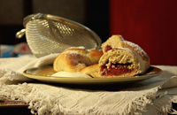 Whole Wheat Bagels With Jam