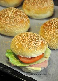 Tangzhong/Water Roux Hamburger Buns
