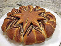 Star-shaped Brioche Bread