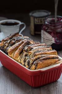 Poppy Seed Pull-apart Bread