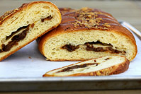 Caramelized Onion And Shallot Braided Bread