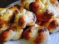 Cheddar Onion Knots