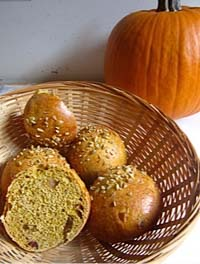 Pumpkin Rolls With Rum Fruits