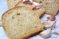 Sourdough Bread With Roasted Garlic