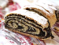 Walnut and poppy seed strudels