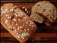 Cinnamon Oatmeal Raisin Bread