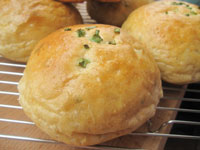 Potato and Scallion Bread Rolls