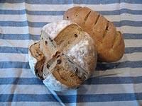Swedish limpa with raisins