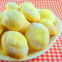 Lemon Cheese Buns