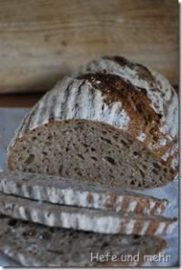 Wheatbread made with Raisin Sourdough