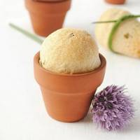 Flower Pot Chive Bread