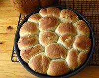 Rosemary-Garlic Pan Rolls